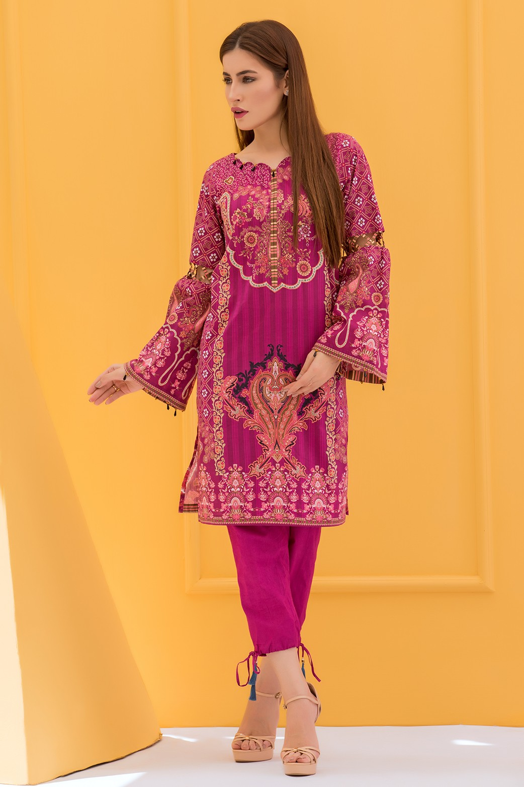 16c205533b Mulberry Ready to Wear Cambric Kurti 'Paisley Obsessions' by Zeen Women