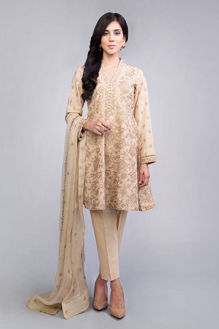 4a48b527b3 Stylish Ready to wear cream printed 3 piece suit by Bareeze winter  collection 2019