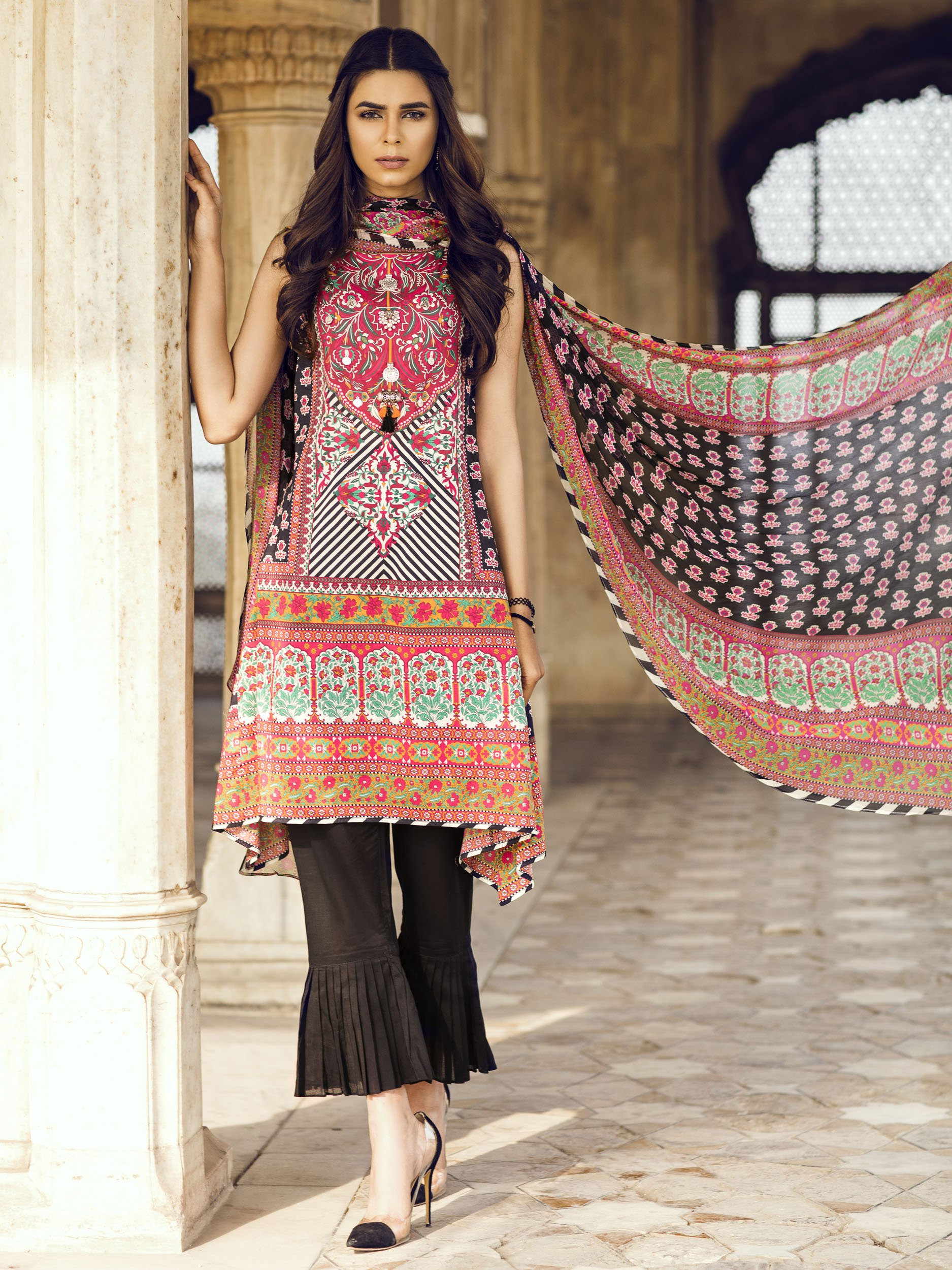 da67051007 Buy this 3 piece lawn printed dress by Limelight casual clothes 2018  available at a best