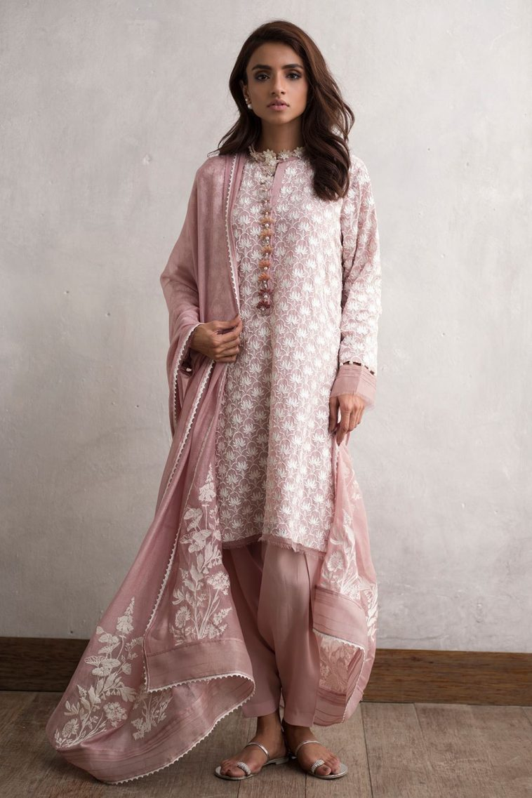 564eae0a58 Buy this traditional 3 piece crepe dress online at a decent price by Nida  Azwer Traditional Luxury pret