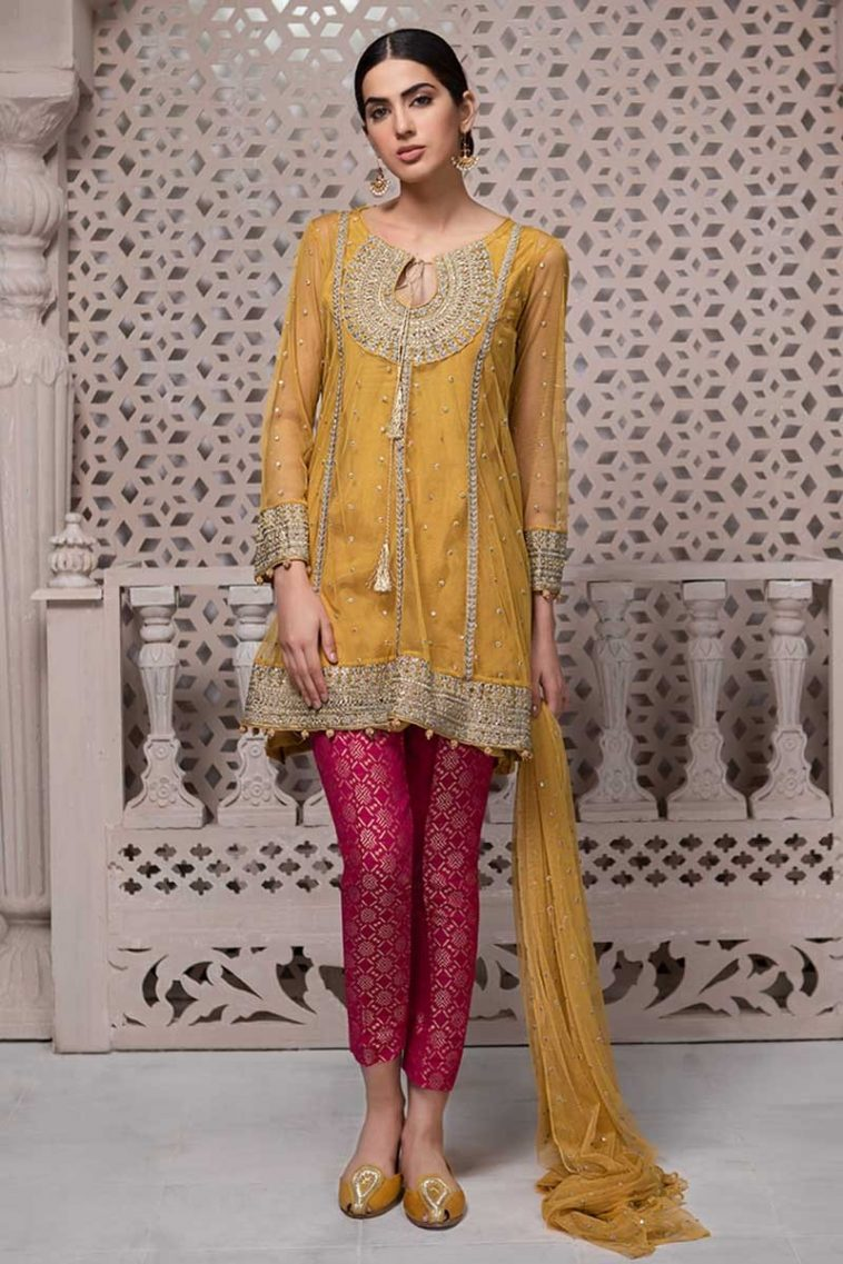 84904709e88e6 Maria B Mehndi Collection Features this Pretty Pakistani Wedding Dress