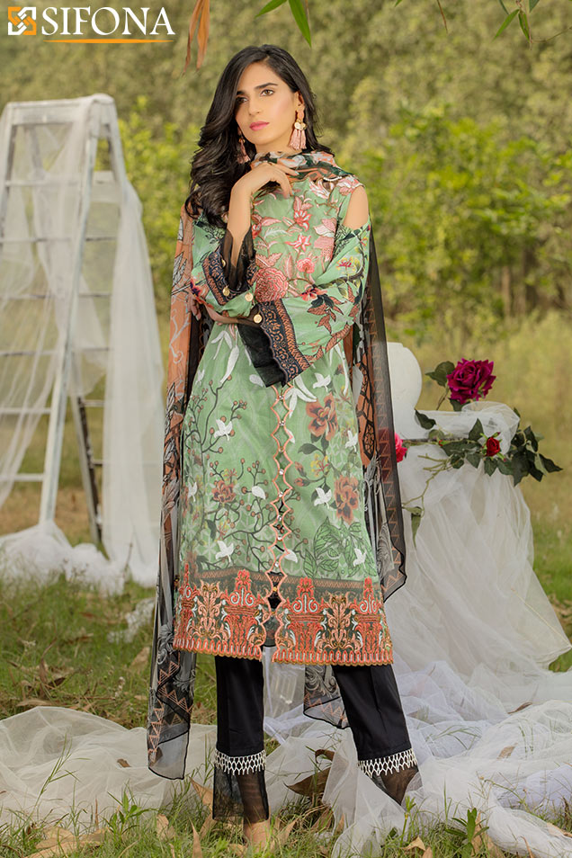 817118191f Ravishing and stylish light green embroidered Pakistani eid dress by Sifona