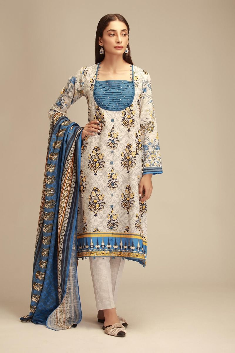 30ec9f7ddcb Sweatheart Neckline Pakistani Anarkali Suit by Khaadi Winter Collection