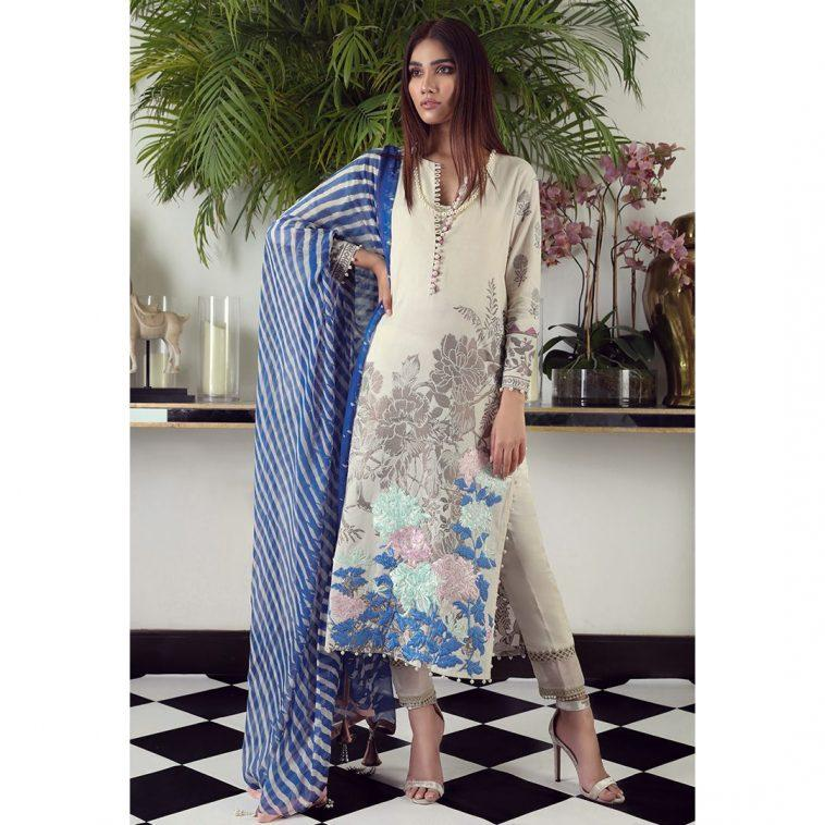 6a62d1dfa2 Sana Safinaz Eid Collection 2019 – why do we truly love these ...