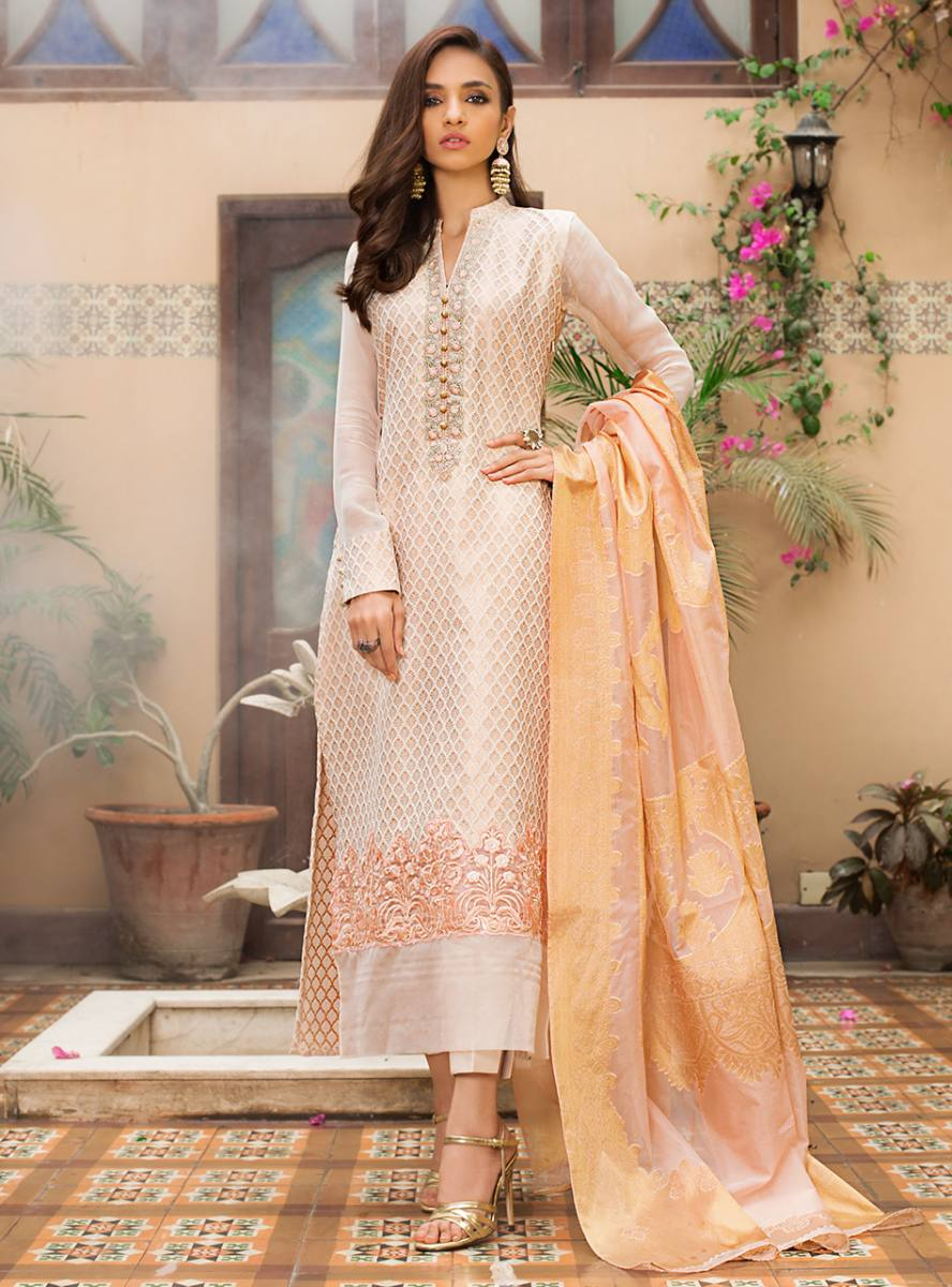 Pakistani Wedding Dresses for Bride\u0027s Sisters and Cousins