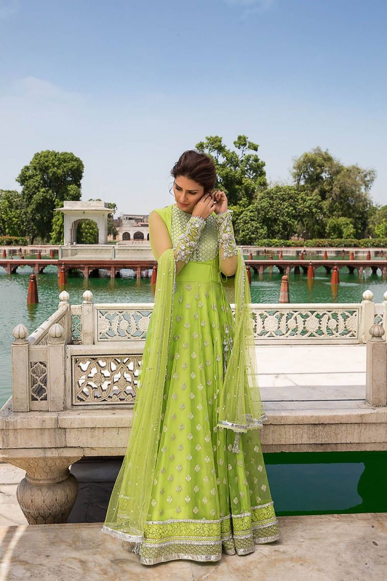 Best Pakistani Wedding Dresses And Frocks For Women From The Top